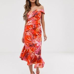 Lipsy Scuba Dress with Pleated Detail